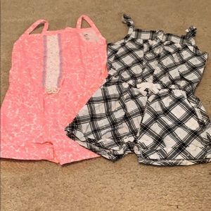 🌈4/$25🌈 12 Month Rompers, Set of 2
